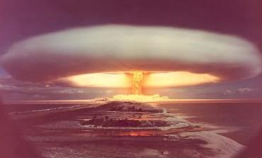 """Спецпоказ документального фильма """"Бомба, потрясшая мир"""""""