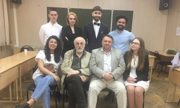 Поздравляем выпускников ВГИКа  мастерской Бориса Караджева и Ефима Резникова!