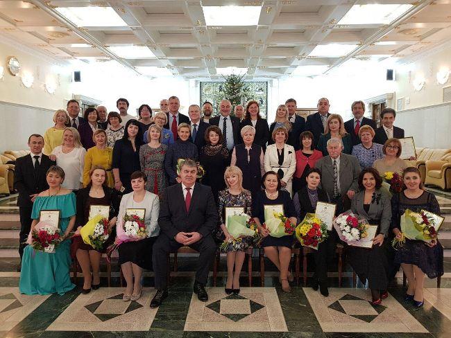 Лауреаты премии Губернатора Хабаровского края в области литературы и искусства в 2017 году.
