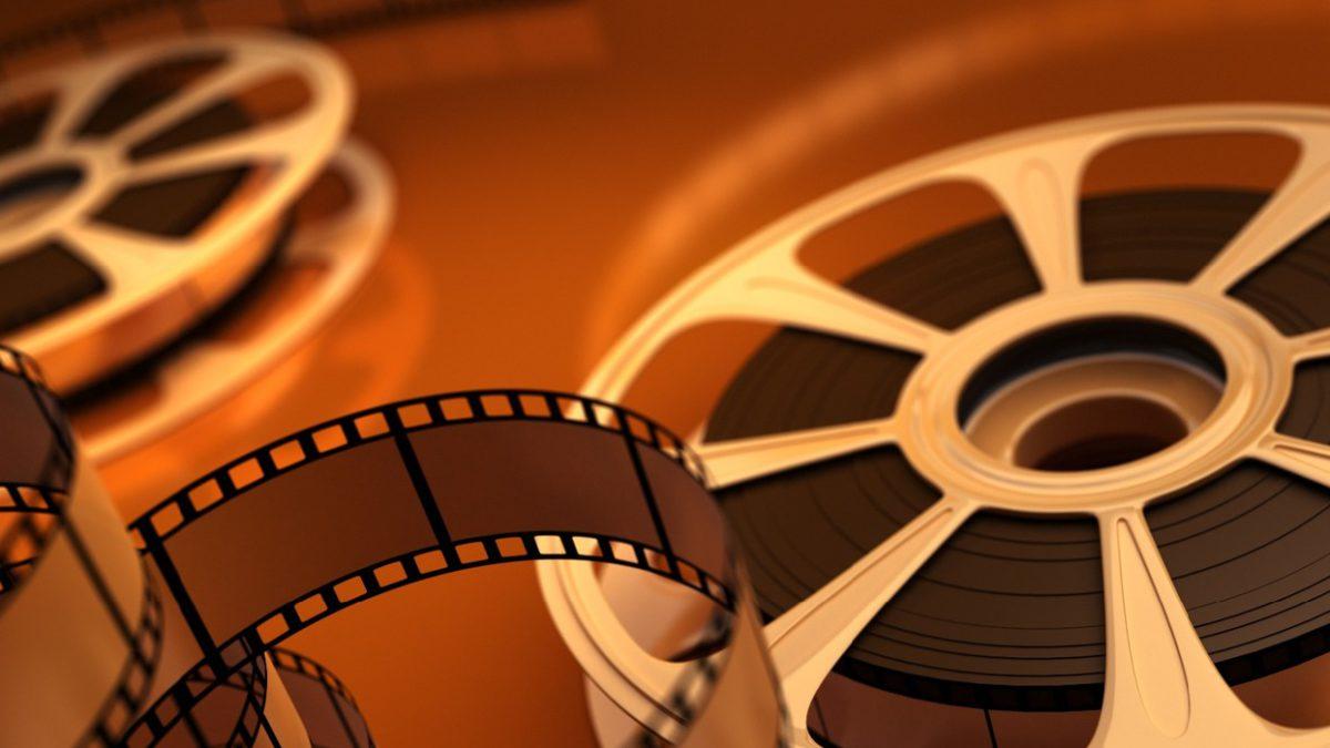 Иностранным киностудиям будут возвращать часть средств за съёмки в России. Они смогут получить больше, если будут продвигать в фильмах позитивный образ страны.