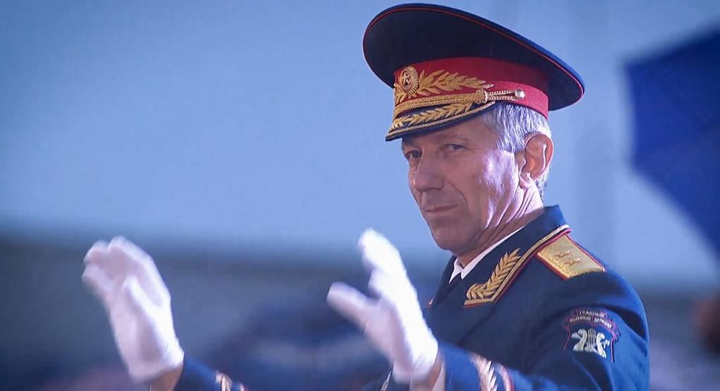 Вышел документальный фильм о военном дирижере Валерии Халилове «Дирижер духа»
