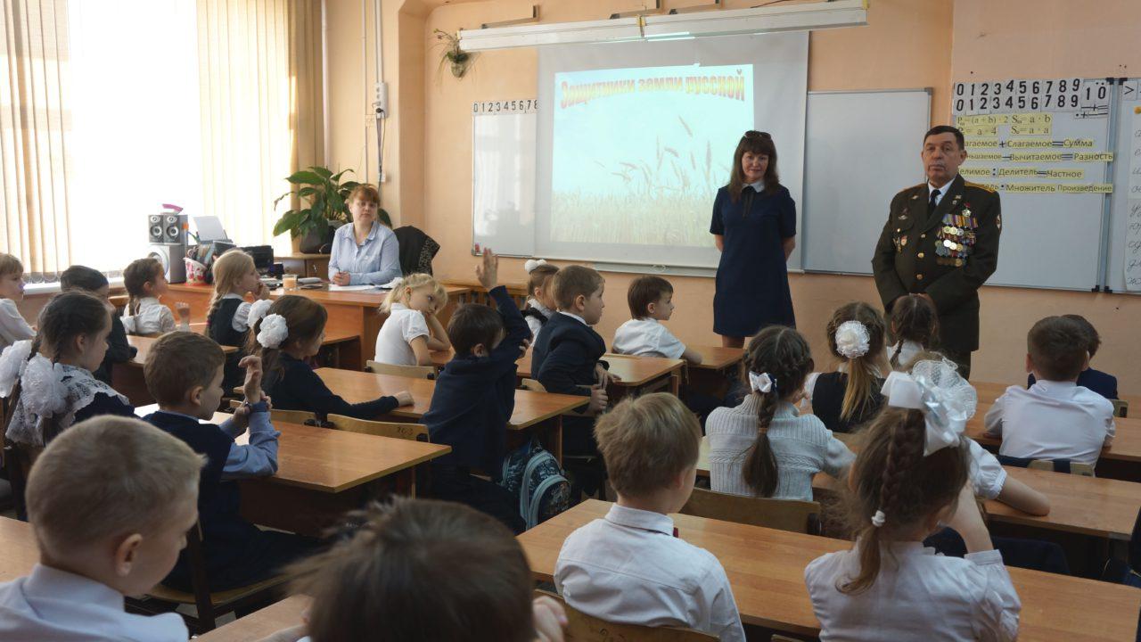 """Хабаровск. Документалисты на """"Уроках мужества"""""""