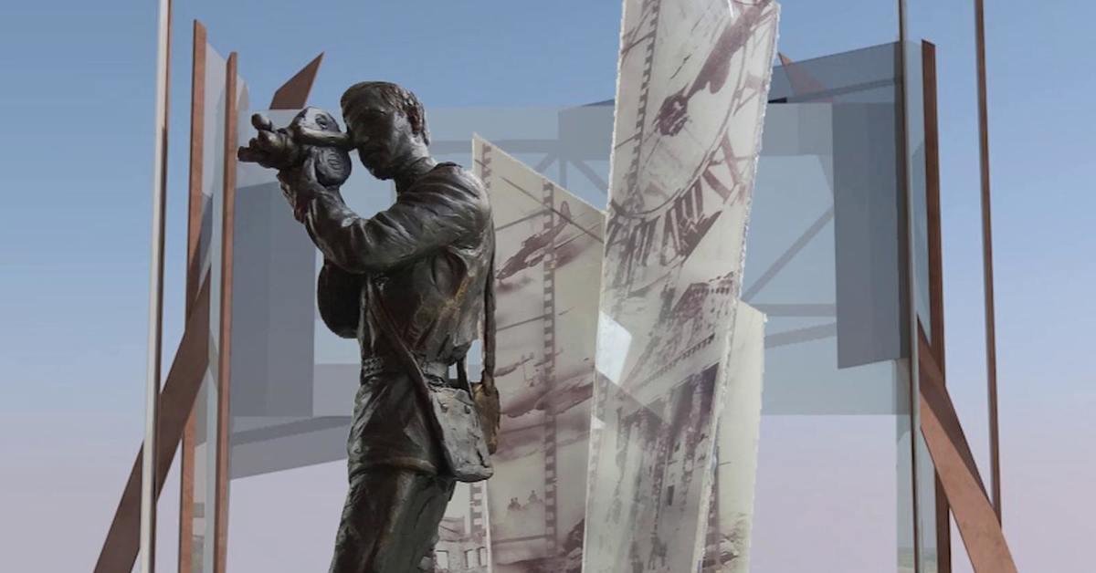 Красногорск. Церемония открытия памятника Фронтовому кинооператору