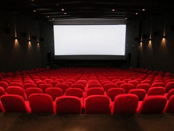Власти Москвы разрешили заполнять кинозалы наполовину